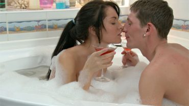 Dirty Romance In The Bath